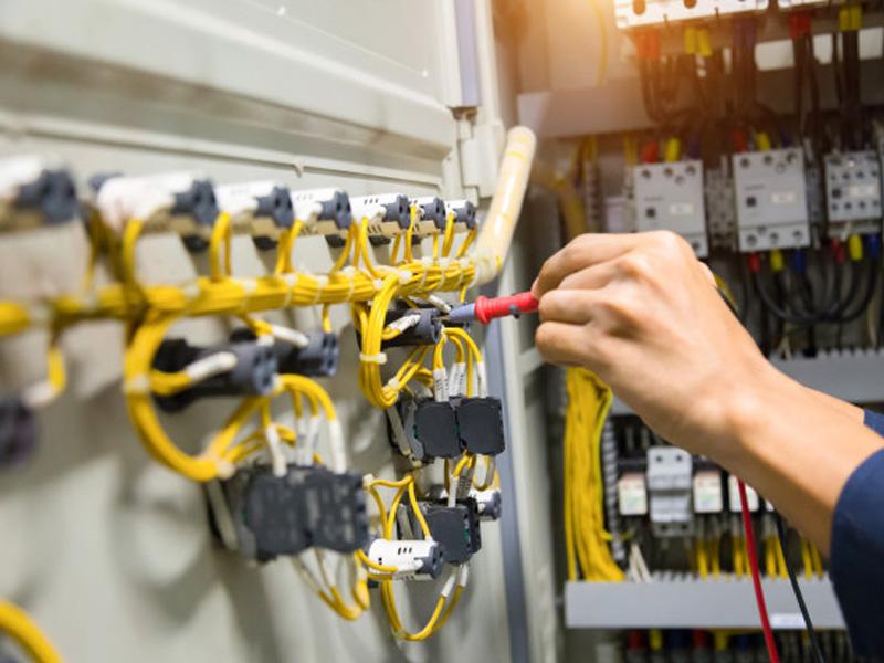 Verificaciones de las instalaciones eléctricas en Marbella